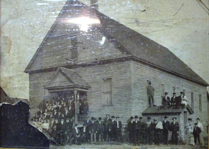 Runeberg Lodge 8 - Old picture of lodge
